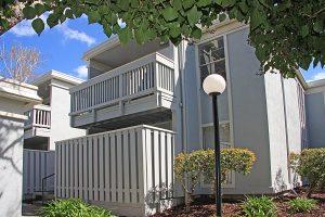 945 Bancroft Rd Upper Condo